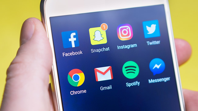 Sosyal Medyada Gündem Oluşturmak